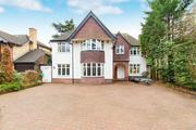 Freehold Property for sale in Langley Park Road,  Iver For £1, 000, 000